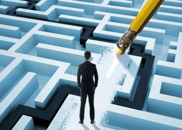王熙凤:三段式叙述,助你赢得领导信任的讲话秘笈